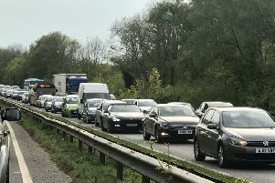 Queueing traffic at the scene