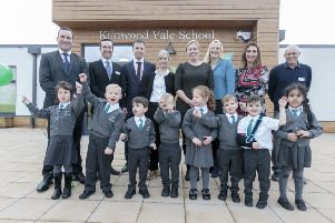 Kilnwood Vale School at Faygate has been 'officially' opened SUS-190612-114713001