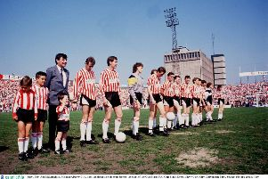 May 1989; The Derry City manager Jim McLaughlin  lines up along side his team before the start of the Cup Final. FAI Cup Final. Derry City v Cork City. Dalymount Park. Soccer. Picture credit; Ray McManus / SPORTSFILE