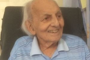 Second World War veteran, Reg Thompson, who passed away this month leaving his family devastated that he was moved between hospitals 13 times in the final weeks of his life EMN-190326-161628001