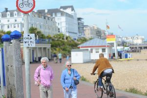 Seafront No Cycle Sign Eastbourne Prom SUS-150618-070831001