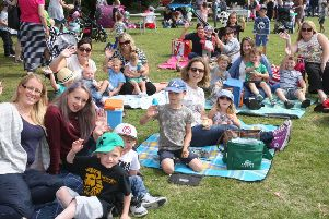 Families gathered for Picnic in the Park in Tarring Park. Photo by Derek Martin DM16134574a
