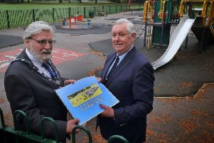 New Senior Townwarden, Ian Wilkinson (left) and chair of feoffees, John Southerington, discuss plans for a revamp of the play equipment at Melton's Play Close park EMN-191015-163937001