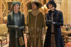 Laura Carmichael, Elizabeth McGovern and Michelle Dockery in Downton Abbey