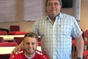 Hemel Town new signing Liam Nash, with club chairman Dave Boggins.