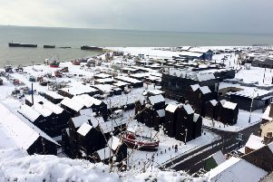 Snow pics in Hastings Old Town 27/2/18 by Andy Hemsley SUS-180227-104113001