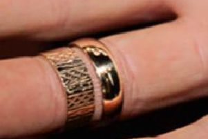 Have you seen these wedding rings