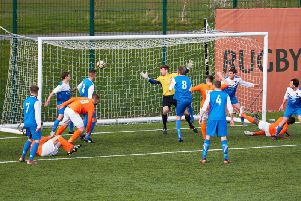 Michael Ellis scores for Rugby Borough against Hathern