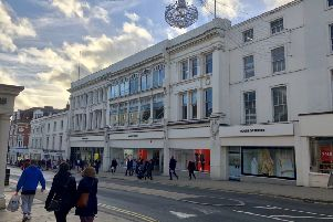 House of Fraser in Leamington. NNL-190104-165438001