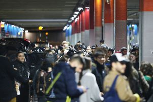 Crowds at Gatwick after the airport was closed because of disruption by drones SUS-181220-124056001