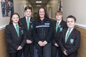 PC Mel Standbrook with Year 8 students Mollie Wilkinson, Elliott Barton, Alex Martin and Lennon Dovey. (Picture: Sean Spencer/Hull News & Pictures Ltd.)
