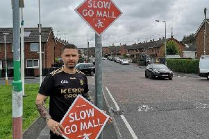 Irish/English road signs erected by Sinn Fein in Lurgan