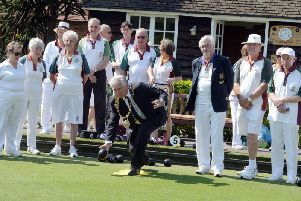 Mayor of Chichester Cllr Martyn Bell gets the club's bowling season started / Picture by Kate Shemilt
