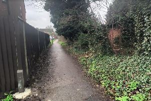 Part of the pathway connecting Links Way with Kelling Close
