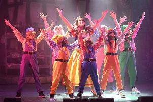 Snow White at Lincoln New Theatre Royal EMN-181228-095740001