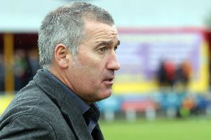 Banbury United manager Mike Ford NNL-180923-133659009