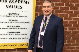 Caistor Yarborough Academy headteacher Mark Midgley has told staff and students to self-isolate after returning from a skiing trip to Northern Italy EMN-200127-122850001