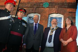 Col Robert Boyle, Col Murray Colville (Vice-Lord Lt of Leicestershire), Melton war historian Derek Simmonds, Leicestershire County Council chair, Ossie O'Shea, and Councillor Louise Richardson at the unveiling of a green plaque at Melton's historic Drill Hall EMN-181130-102203001