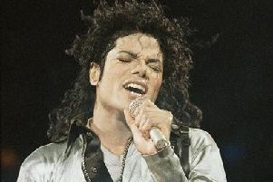 Michael Jackson performs in MK September 1988