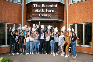 Students celebrate their A-level results at Ratcliffe College EMN-190815-160316001
