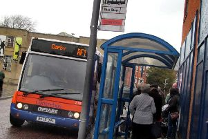 A Centrebus RF1 bus picks up passengers in Windsor Street, Melton EMN-200128-102827001