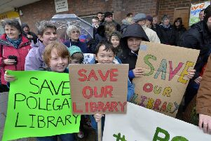 Save Polegate Library protest walk in 2017