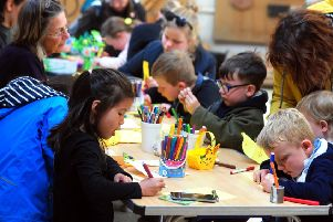 Craft-making at the Weald and Downland museum in Singleton. ks170833-2 SUS-171204-230530008