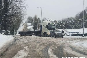 Cookstown PSNI posted a photograph of a lorry which got stuck in the snow.