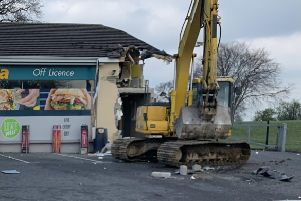 PACEMAKER 07/04/2019'Thieves have used a digger to steal a cash machine from a shop in County Londonderry.'Police said the incident at a shop outside Dungiven happened at about 04:30 BST on Sunday.'It is the latest in a series of ATM thefts on both sides of the Irish border, with the PSNI saying it was the eighth such incident in 2019.'It warned there could be several gangs involved in the theft of cash machines in Northern Ireland.'PHOTO STEPHEN DAVISON/PACEMAKER