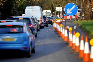 Delays leading up to the road works on Cheals roundabout Crawley. Pic Steve Robards 1