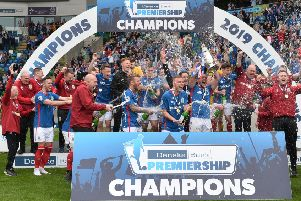 Linfield celebrate winning last season's Danske Bank Premiership title. Pic by Pacemaker.
