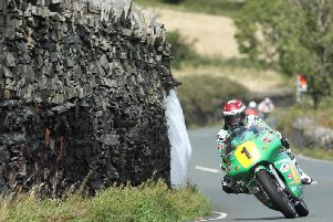 Michael Dunlop 'struggling' with injuries but posts third fastest time in Superbike qualifying at Classic TT