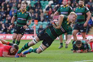 Francois van Wyk (right) watches on as David Ribbans scores for Saints against Saracens