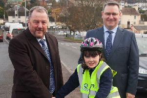 The NI Primary School Road Safety Quiz 2019 is launched by Davy Jackson, from event organisers, Road Safe NI, and Jonathan McKeown of event sponsors, CRASH Services