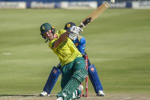 South Africa star Dwaine Pretorius has signed for Northants