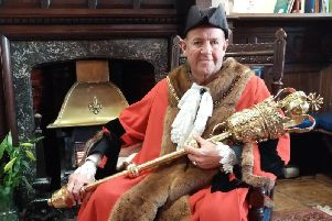 Mayor Tony Ansell will hand over the town's chains at a ceremony on Thursday marking the end of his year as Mayor.