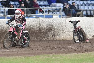 A Lakeside rider has fallen off in heat two of the meeting against the Peterborough Panthers. Photo: David Lowndes.