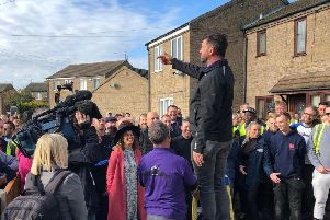 """Nick Knowles told the volunteers: """"This is who we are."""" NNL-191017-143941005"""