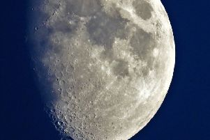 Moon Picture by Sid Saunders SUS-191208-120609001