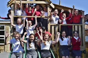 Peakirk cum Glinton  primary school year 6 leavers Y619 EMN-190107-161313009