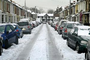 Snow and Ice covers Portsmouth. Meon Road, Milton.'Picture: Will Caddy 100037-1