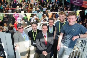 Pictured L to R: Chris Allington (VFS), Ed Gould (Carswell Gould), Bruce McLelland (Innovate UK), Douglas Umbers (Dstl), keynote speakers Tom Phipps and Max Beech (Intro) at VentureFest South