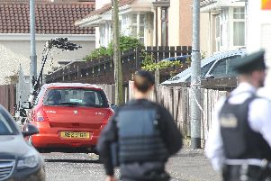 PSNI and Army Technical Officers deal with a suspect device left at the home of republican councillor Gary Donnelly in the Creggan area. Pic by Lorcan Doherty, Press Eye