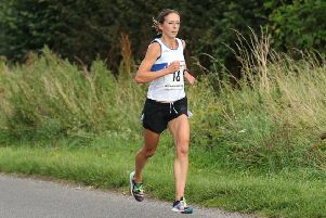 Kelly Edwards maintained her unbeaten record in the Warwickshire Road Race League last Saturday.