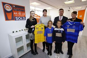 Back row, from left: Jodie Sonley, Maree Boyle, Allan Knight, Tracey Newport. From row, from left: Olivia and Lily (Sussex Wildcats players)
