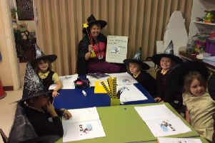 Pupils at the Richmond School in Skegness discover the magic of books. ANL-181017-144250001
