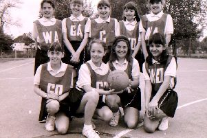 Sleaford's Roman Catholic primary school netball team from 1994. EMN-190617-232018001