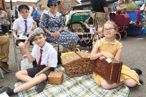 1940s event at Sleaford Town Hall. Sharon Knight with Jake 10, Ethan 13 and Demi 11. EMN-190625-003136001