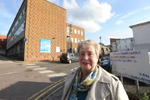 Hospital campaigner Edie Glatter outside Hemel Hempstead's Urgent Care Centre. ENGPNL00120131025134631