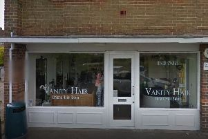 Vanity Hair Salon, Horsham SUS-190221-125203001
